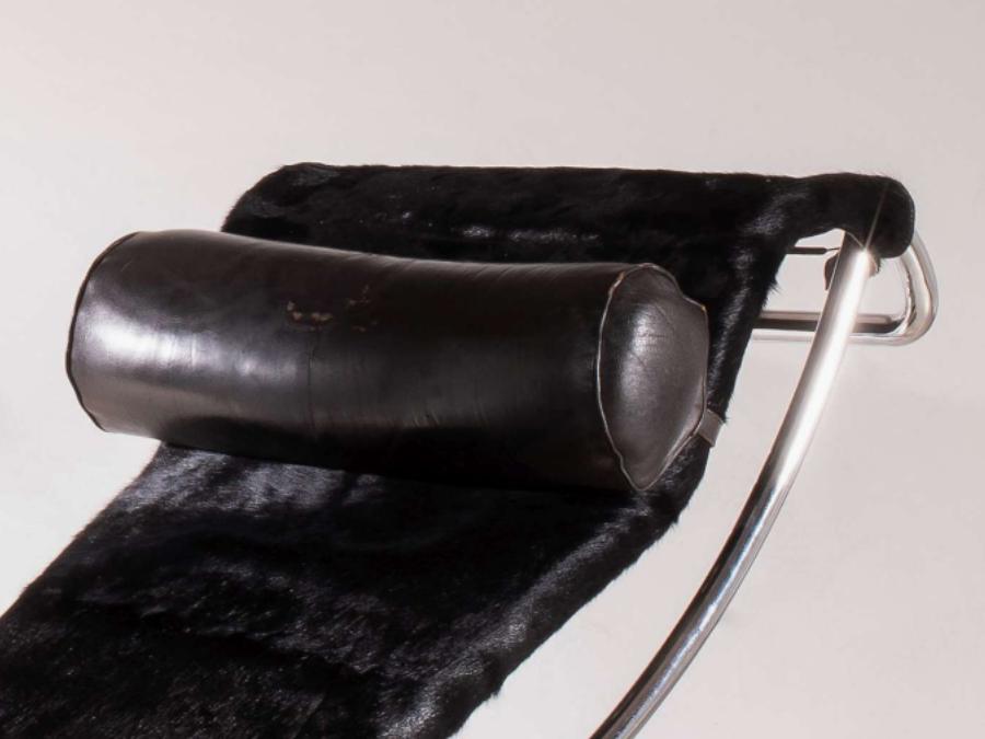 Le-corbusier-chaise-longue-B306-galerie-avenir-2