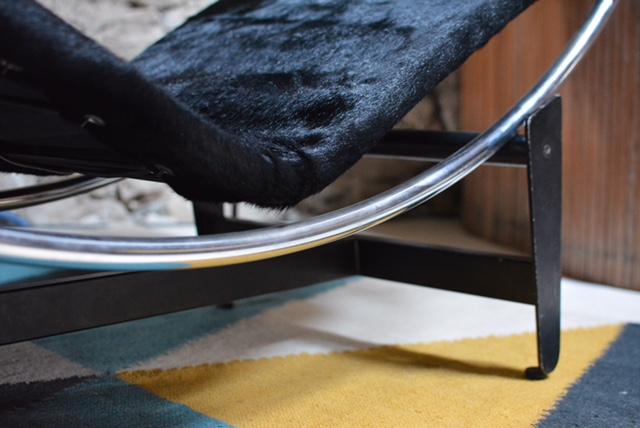 Le-corbusier-chaise-longue-B306-galerie-avenir-7